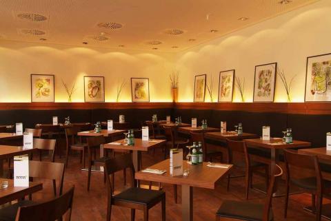 AnnaRestaurant-04_2010_online.jpg